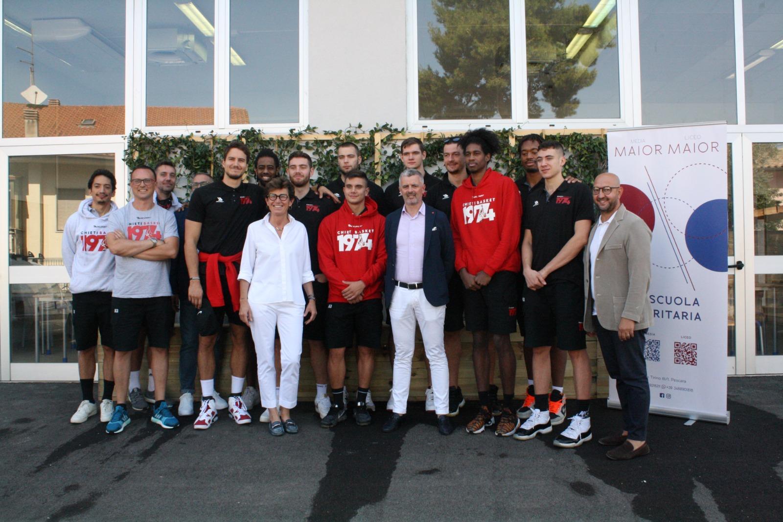 Il Liceo Maior sigla l'accordo con Lux Chieti Basket